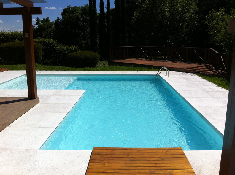 Reve bleu piscine stunning beautiful view endroit for Piscine hors sol 6x4