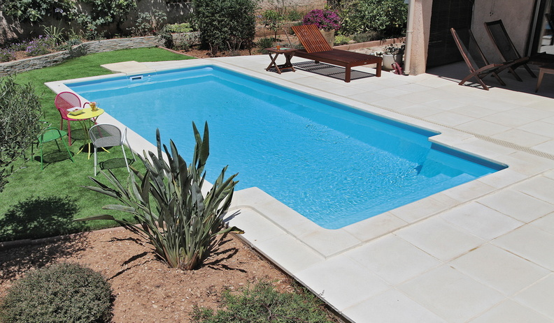 Piscine rectangulaire 6x3m galerie photos desjoyaux for Prix piscine 6 x 3