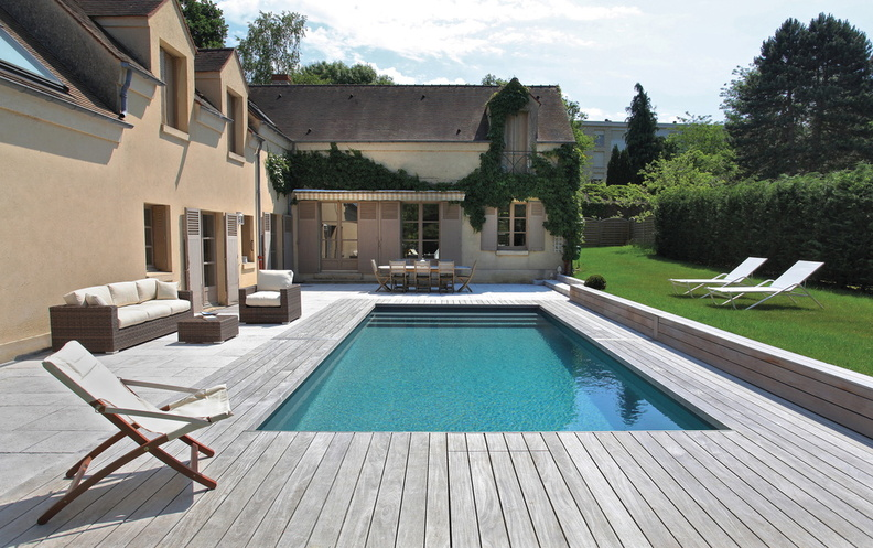 Piscine rectangulaire 8x4m galerie photos desjoyaux for Piscine 8x4