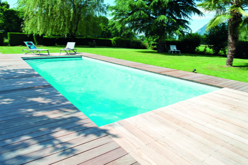 Piscine rectangulaire 11x4 galerie photos desjoyaux for Piscine bois liner gris